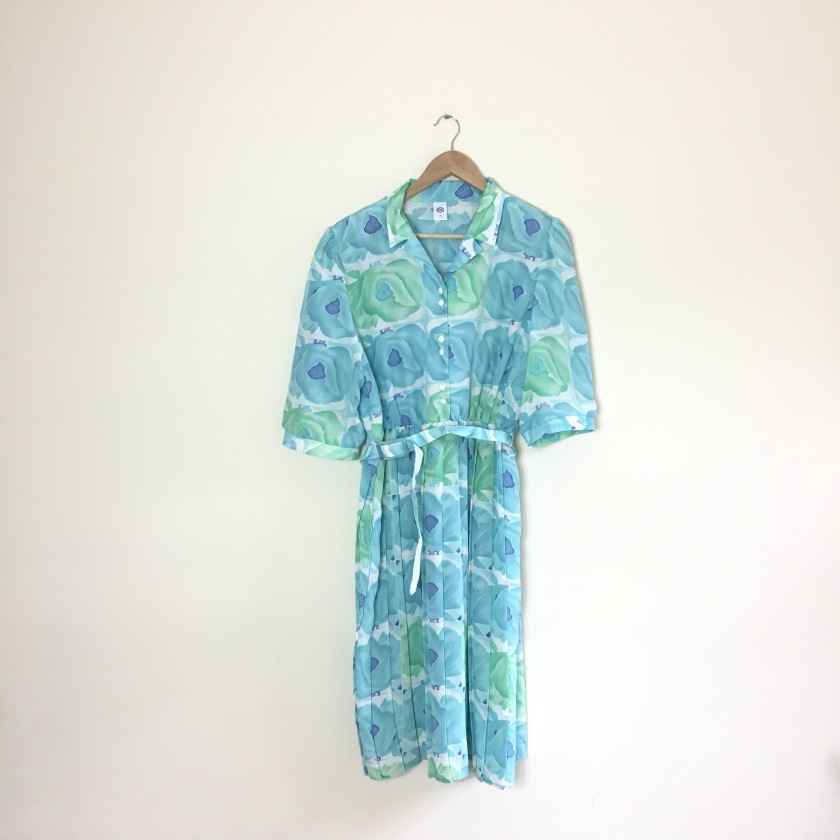 Green 80s vintage dress for re-fashioning sewing project